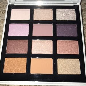 New Bobbie brown eyeshadow palette